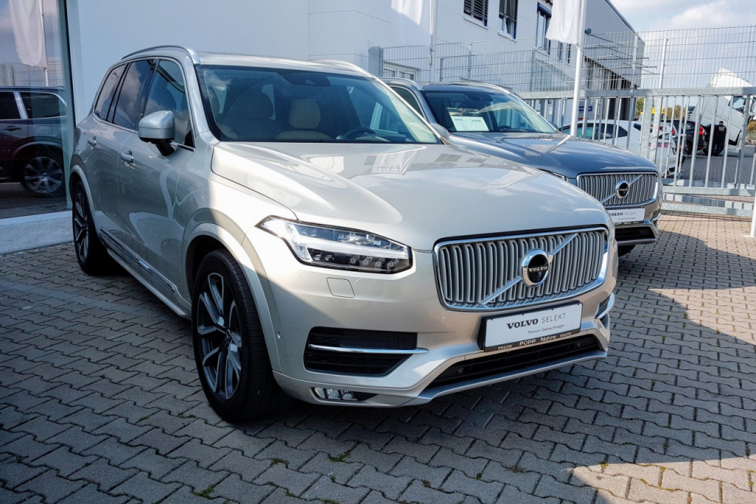 Volvo XC90 Inscription D5 AWD Polestar, DovezuAuto.cz